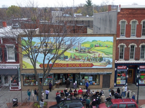 Lift Bridge Books Mural Dedication